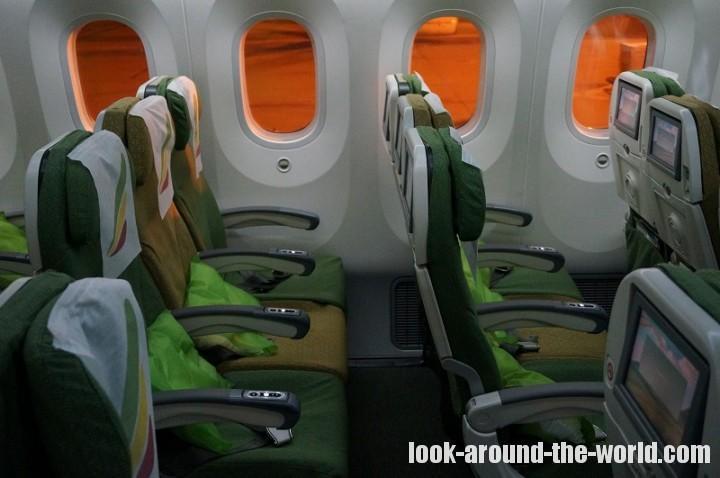 エチオピア航空ET609 B787-8エコノミークラス