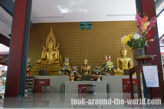 チェンマイ市内の徒歩で周れる寺院見学と激安マッサージを体験してみた
