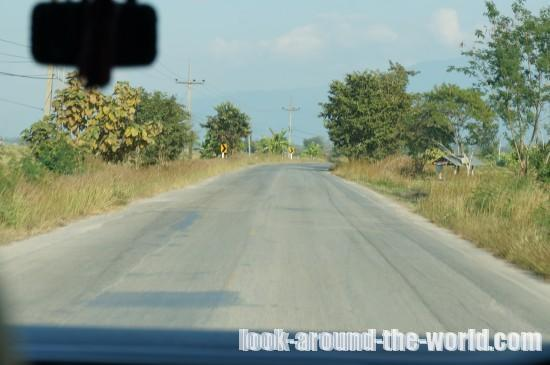 タイ・ラオス国境の町チエンコー...