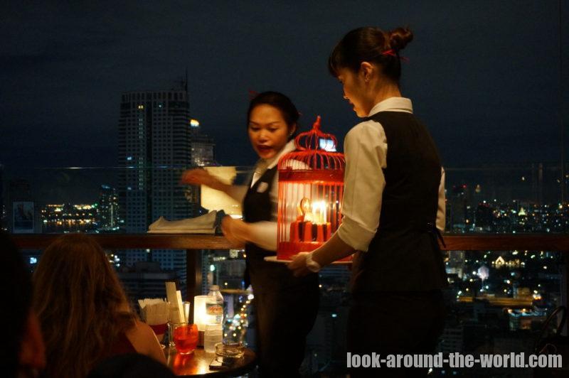 プルマンバンコクホテルG最上階にあるルーフトップバー スカーレット