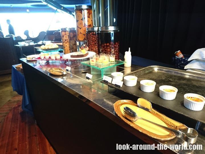 東京ドームホテル43階のアーティストカフェでランチビュッフェを堪能してみた