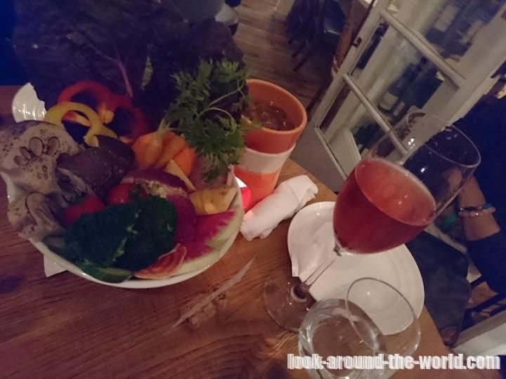 野菜がおいしいダイニング LONGING HOUSE 北青山
