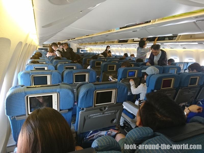 ANA 767-300ER エコノミー NH873 関西〜香港