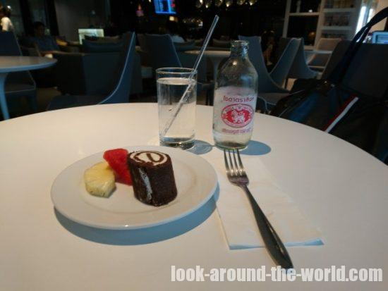 Louis' Tavern CIP First Class (Conc F) Lounge