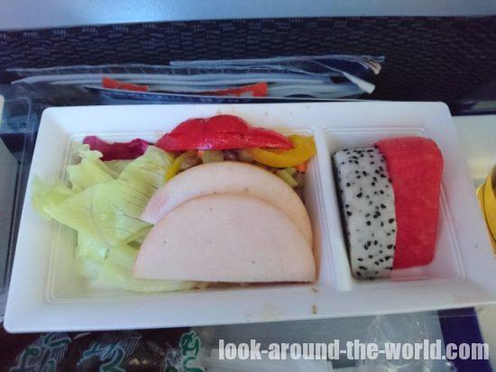 ANA ボーイング787-8 バンコク-羽田 機内食