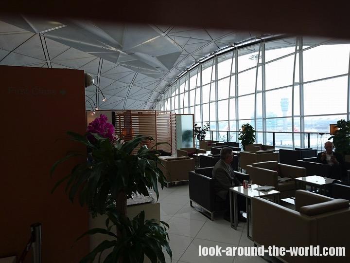 香港国際空港のロイヤルオーキッドラウンジ徹底リポート