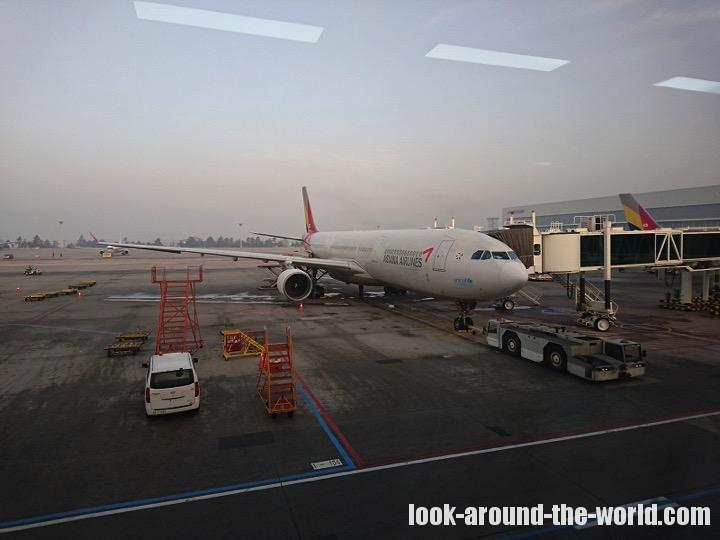 アシアナ航空OZ1085金浦国際空港から羽田行きまで