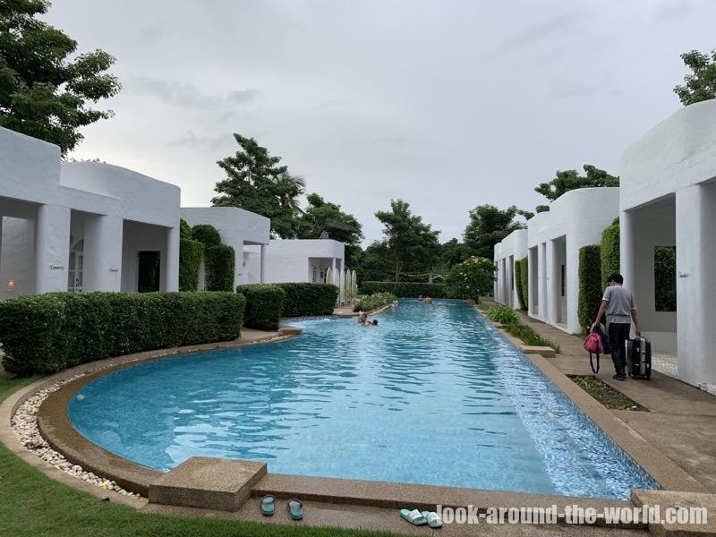 ヴィラ・ラ・フローラ Villa la Floraのプール