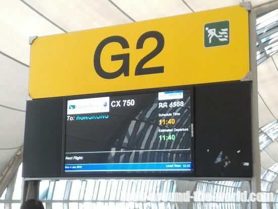 キャセイパシフィック航空B777-300エコノミーCX750